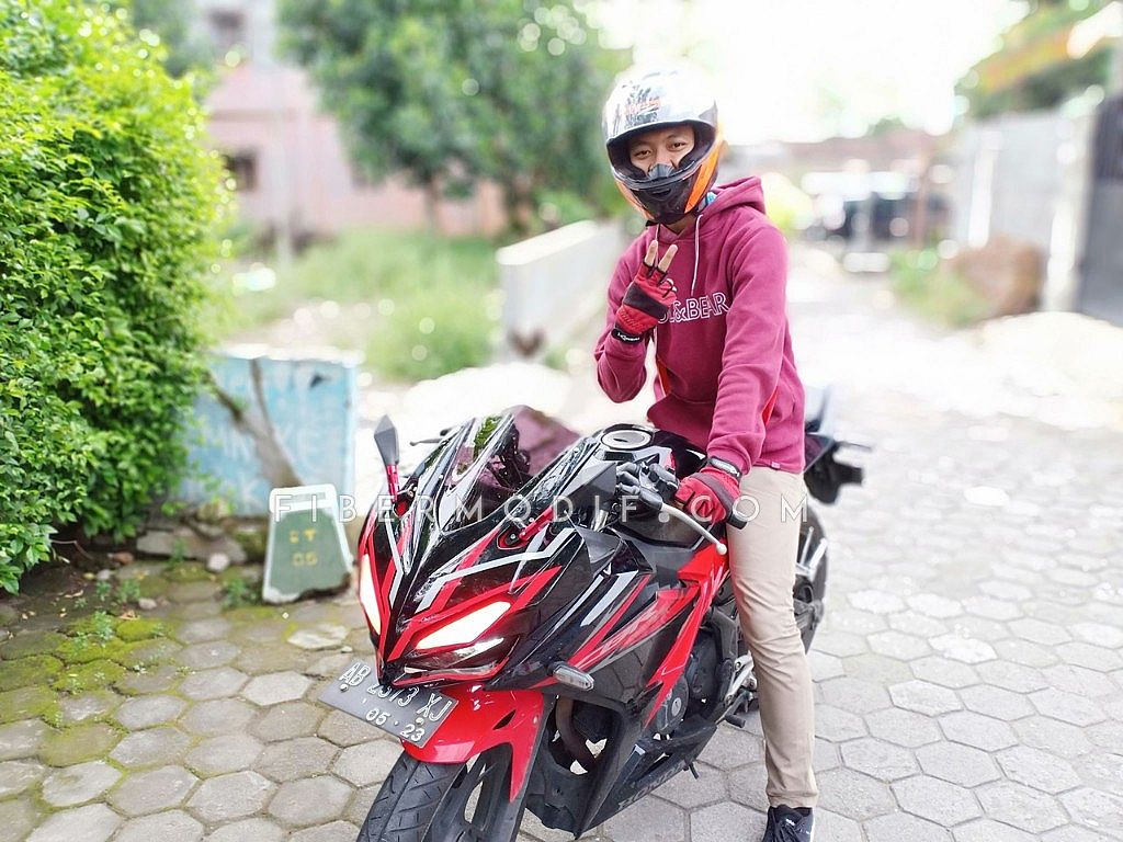 [Terpasang] Topeng CBR150 K45G model CBR250RR Black Red Gloss