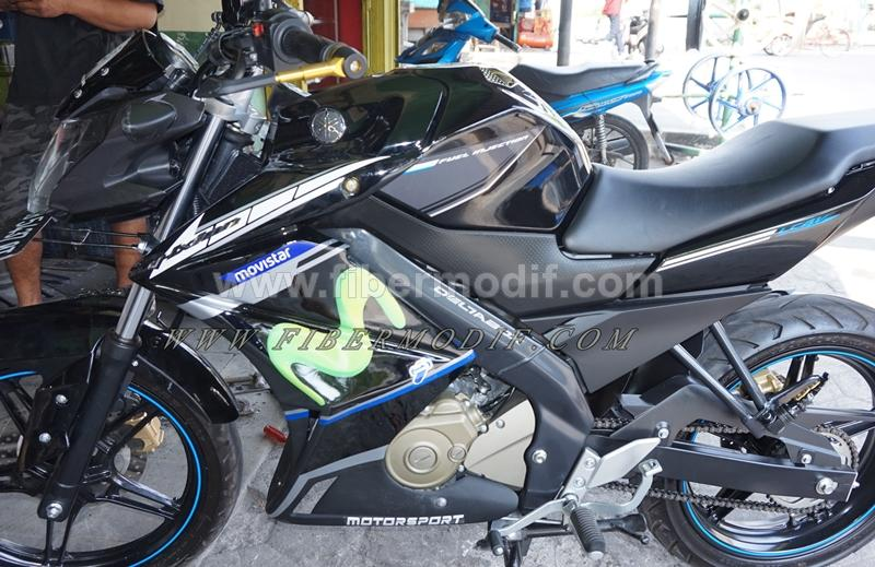 Half fairing new vixion Moviestar Edition terpasang model biru sponsor cutting sticker