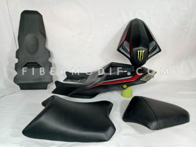 Body Belakang Custom model CBR150 Facelift untuk Old CB150R Monster Energy Edition