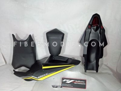 Body Belakang Verza Custom Black Yellow Strip