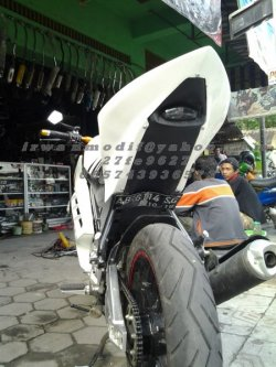 BODI CUSTOM NEW VIXION LIGHTNING MODEL R15 variasi