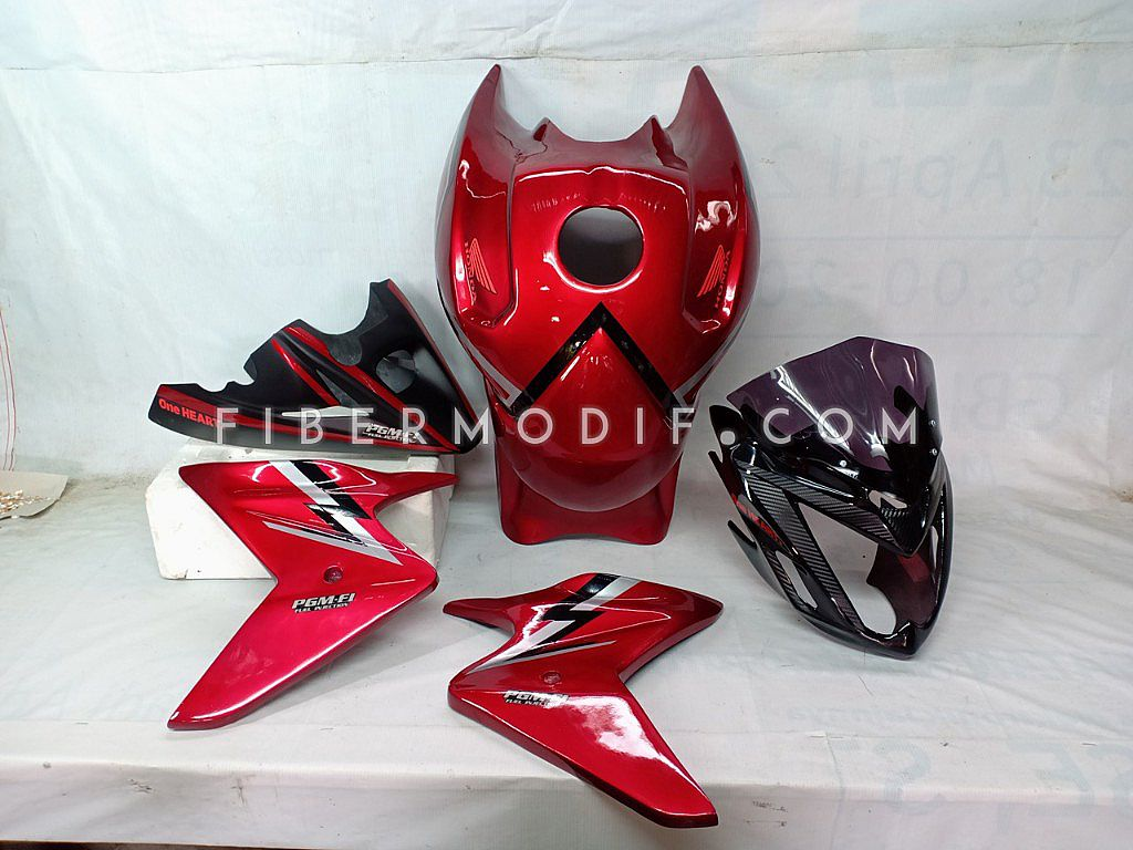 Verza Simple Sporty - Cover Headlamp Carbon + Cover Tangki CB1000 + Undercowl Custom
