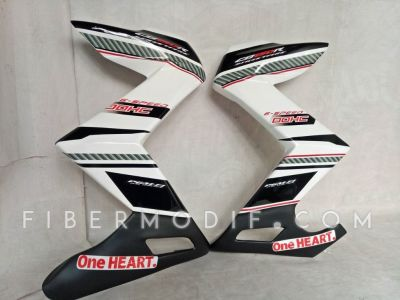Half Fairing CB150R model Z - White Racing DOHC One Heart