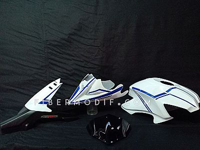 Variasi Old CB150R White Blue Striped Glossy - Kondom Tangki + Undercowl + Spakbor Kolong