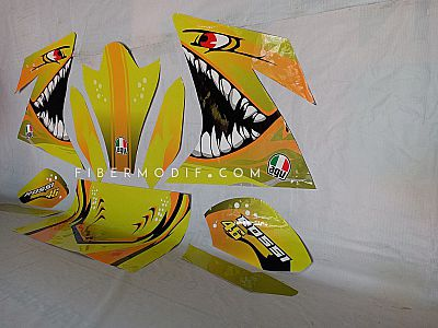 Sticker Variasi Motor Decal Yellow Angry Shark - 46 Rossi