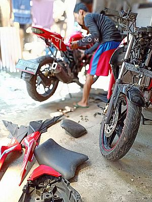 [Terpasang] Body Belakang Kit Custom model Ninja 250 Fuel Injection untuk CB150R New - Merah Glossy