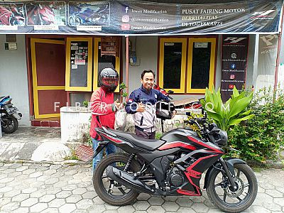 Fairing CB150 Verza model Ninja - Black Matte Red Striped